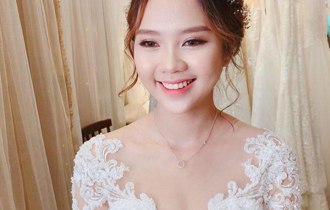 Rất nhiều cô dâu đang tìm cho mình những xu hướng trang điểm tự nhiên kiểu Hàn Quốc. Và trong mùa cưới năm nay, trang điểm cô dâu xu hướng Hàn Quốc cũng