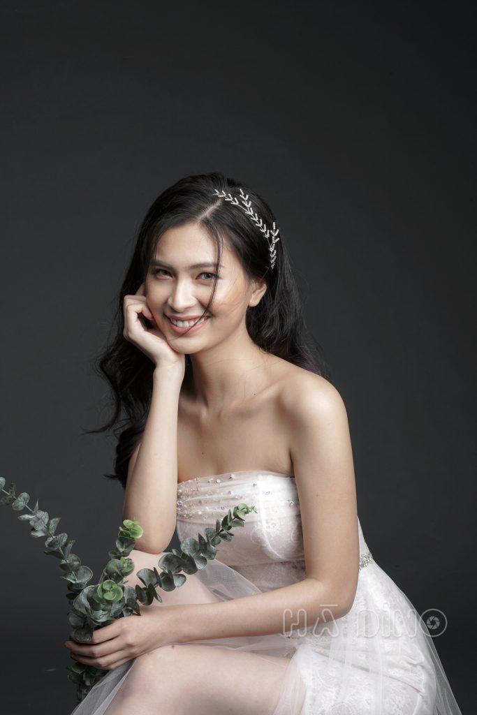 Nhưng tìm đâu địa điểm cho thuê váy cưới đẹp, uy tín, chất lượng mà giá cả phải chăng ở Sài Gòn? Cùng Hà Dino tìm hiểu trong bài viết dưới đây nhé!